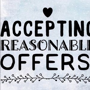 Accepting reasonable offers ! ❤️